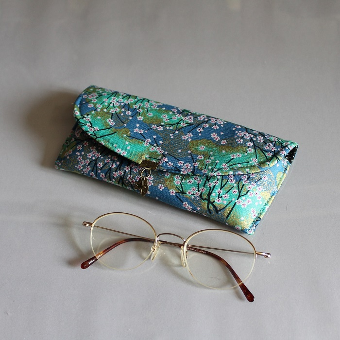 Glasses case - Akina