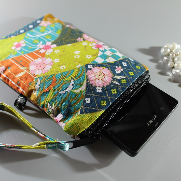 Smartphone sleeve - zipper closure - Fany