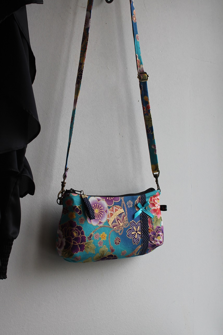 Long strap date clutch or wrislet -  Akane turquoise