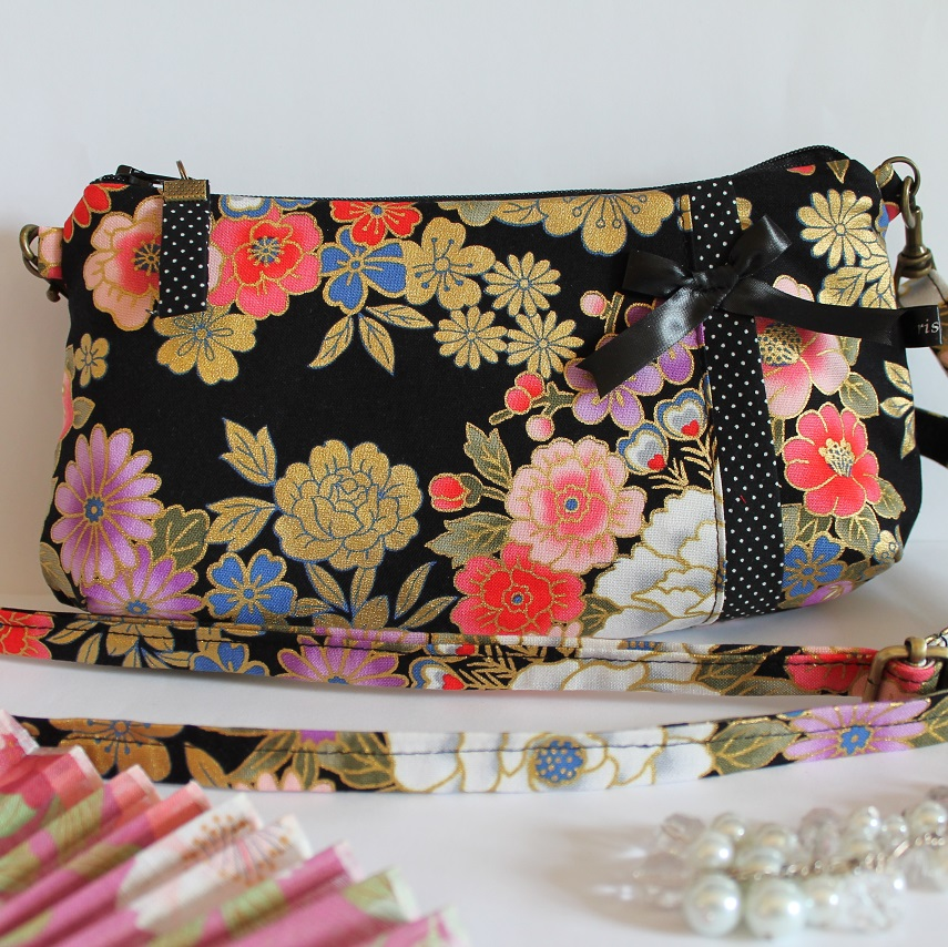 Long strap date clutch or wrislet -  Kanako black
