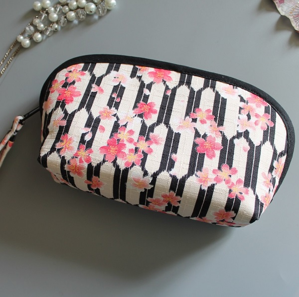 cosmetic make up pouch  - Honoka white black pink