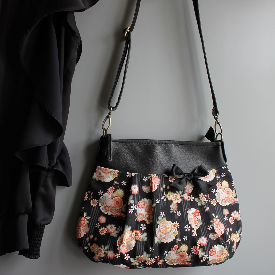 Crossbody Shoulder bag - Emiko