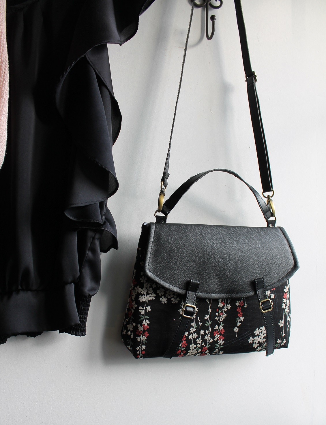 Cross body bag - Aki