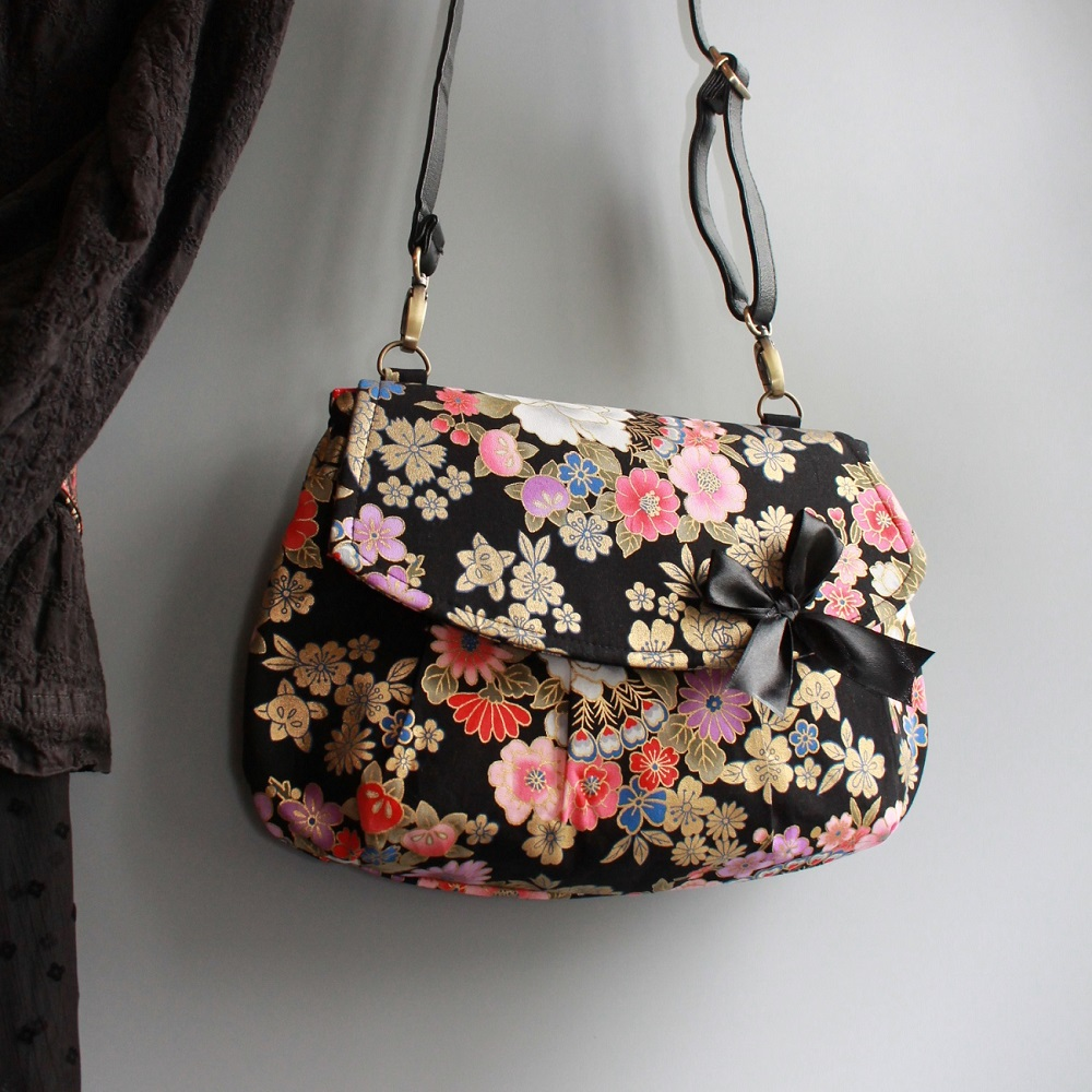 A5 cross body bag - Kanako